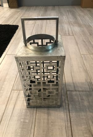 """Gorgeous Silver Metal lantern/candle holder 21x9x8.5"""" for Sale in Las Vegas, NV"""