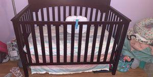 Baby crib for Sale in Alvarado, TX