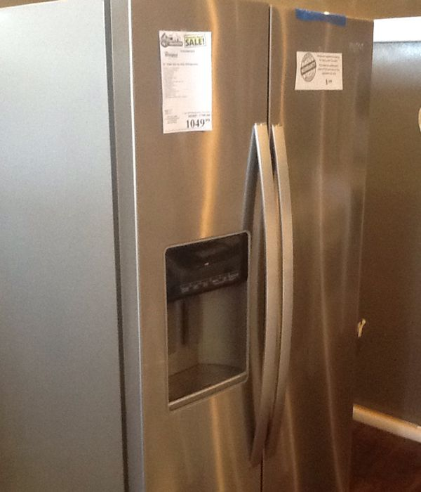 New open box whirlpool refrigerator WRS588FFIHZ