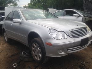 02-08 Mercedes benz 320 front parts for Sale in Telford, PA