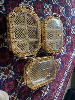 Golden color guest nuts and cake serving plates set 3 pc for Sale in Alexandria,  VA