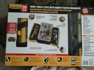 Caja de herramientas nueva en su caja con 50 piezas for Sale in Los Angeles, CA