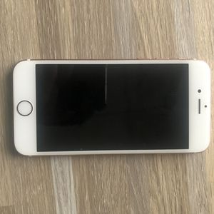 iPhone 6s Unlocked rose gold 16gb good condition for Sale in Daly City, CA