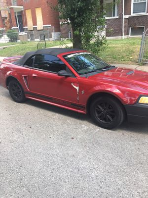Ford Mustang for Sale in St. Louis, MO
