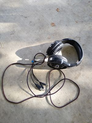 Gaming headphones with mic for Sale in Fullerton, CA
