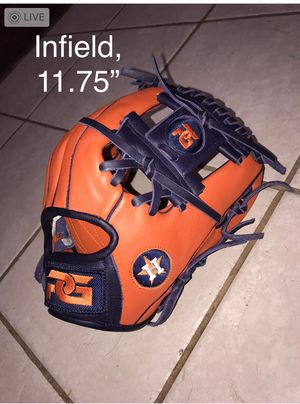 Baseball Gloves for Sale in Spring, TX