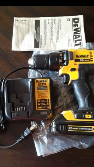 Brand new dewalt 20v drill battery and charger $75 firm no lower dont ask for Sale in Fresno, CA