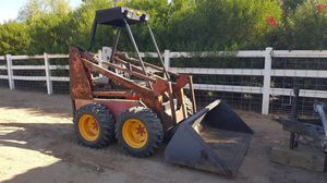 Skidsteer with large bucket, 4 cylinder ford gas engine ( skid steer) for Sale in Queen Creek, AZ