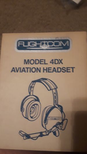 New model 4DX aviation headset for Sale in Grand Prairie, TX