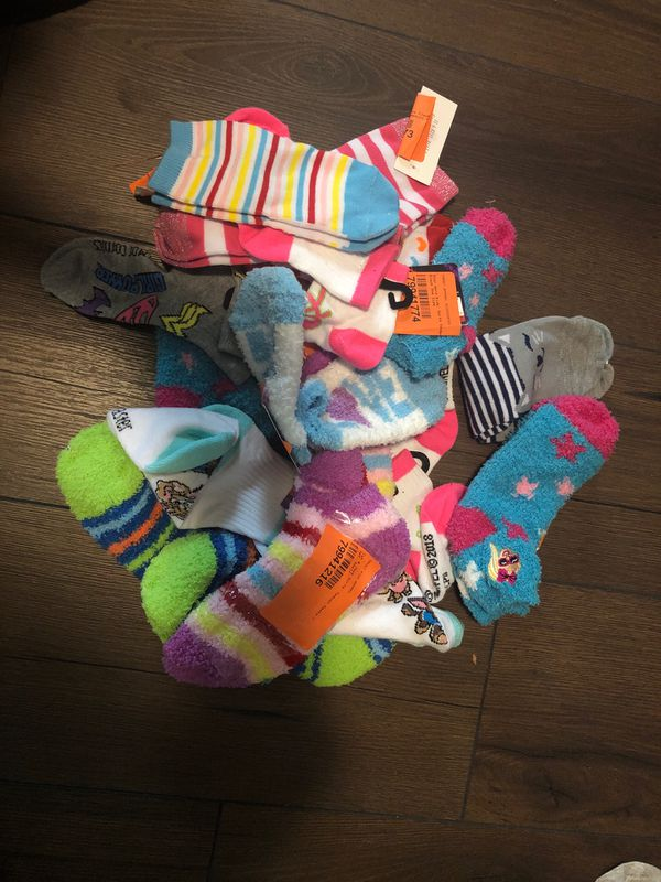 15 pair Girl Socks