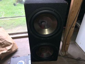 2 12s diamond speakers with planet audio amplifier 1500 W for Sale in Houston, TX