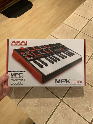 Akai MPK Mini for Sale in Puyallup, WA