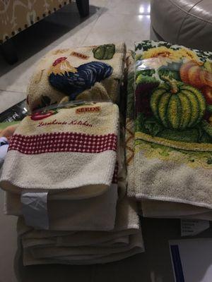 New Kitchen Towels for Sale in Auburndale, FL