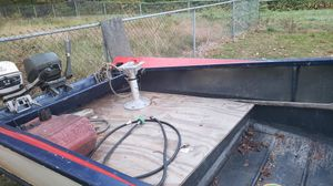 Nice aluminum boat new paint job runs perfect for Sale in East Windsor, CT