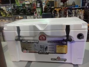Igloo Sportsman virtually indestructible cooler 13.75 gallons for Sale in Phoenix, AZ