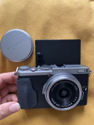 Youtuber Vlog Camera fujifilm x series for Sale in Los Angeles, CA