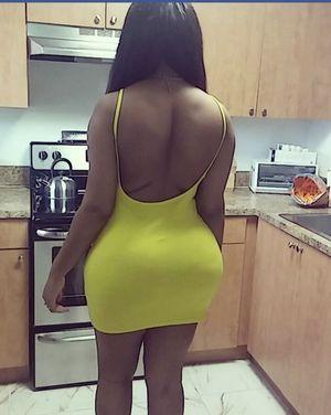 Yellow Mini Dress for Sale in Pembroke Pines, FL