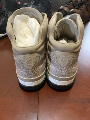 Louis Vuitton Trailblazer Sneakers (Beige) Mens Sz LV 12/USA 13 for Sale in Milwaukee, WI