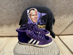 Suede High top Adidas for Sale in Calexico, CA