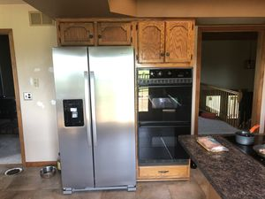 Kitchen cabinets for Sale in Manhattan, IL