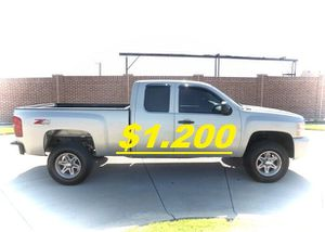 💲1,200 2011 Chevrolet Silverado Very Clean!Runs and Drives great.❤️ for Sale in Los Angeles, CA