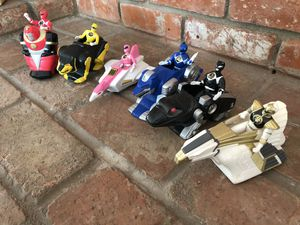Power Rangers small toys action figures on stand vintage retro doll for Sale in La Mesa, CA