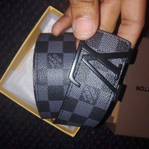 Louis Vuitton belt for Sale in Lanham, MD