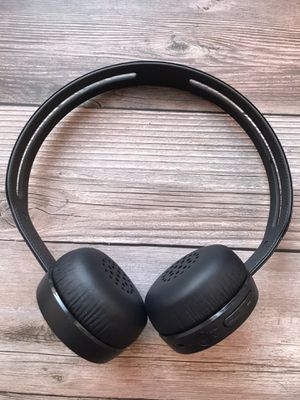 Sony headphones - like new!! for Sale in Chicago, IL