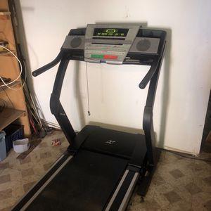 Nordictrack E3200 Treadmill for Sale in Los Angeles, CA