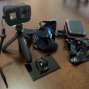 Camera GoPro 8 + Extras for Sale in Miami, FL