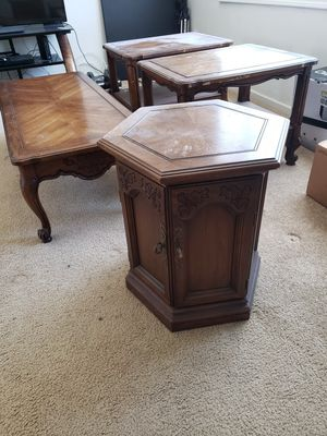 Coffee & End Tables, Pedestal for Sale in St. Louis, MO
