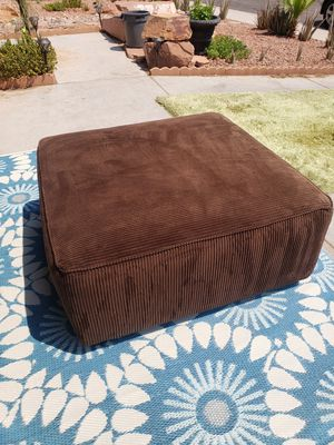 Ottoman Brown Heavy (DELIVERY AVAILABLE) for Sale in Henderson, NV