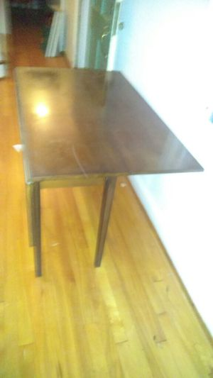 Federal style double drop leaf antique table for Sale in Silver Spring, MD