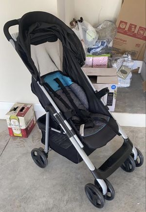 Stroller with Car seat like new for Sale in Kissimmee, FL