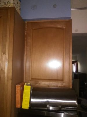 Kitchen Cabinets, Designed By Merrilat, Classic Light Oak, PickUp Only. for Sale in Germantown, MD