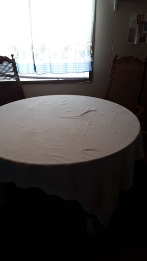 Round table with chairs for Sale in PA, US