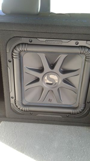 12inch kicker l7 new with new pioneer amp for Sale in Martinsburg, WV