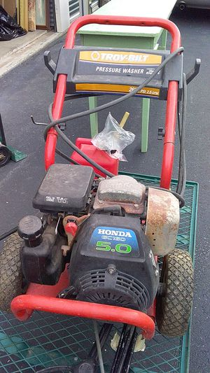 Troy-Bilt pressure washer 2600 psi 2.5 GPM for Sale in Clemmons, NC