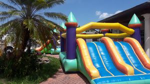 Bounse house for Sale in Hialeah, FL
