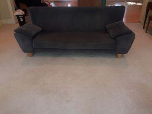 Beautiful couch for Sale in Florissant, MO