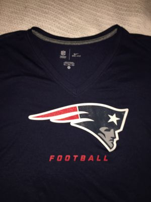 New England PATRIOTS Women's NIKE Dri-Fit XXL Jersey Shirt Football for Sale in Raleigh, NC