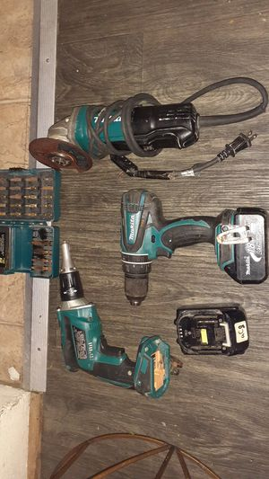 Great buy on makita impact drill, driver,makita grinder,and 25 power bits for Sale in Oakland, CA