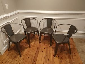 "Set of 4 World Market ""Jackson"" Metal Tub Dining Chairs for Sale in Ashburn, VA"