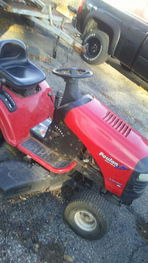Poulan tractor for Sale in Madison Heights, MI