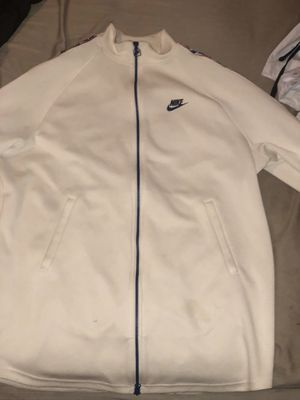 2018 Nike track suit XL for Sale in Lynnwood, WA