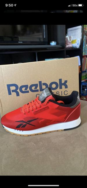 New tennis Reebok classic leather for Sale in National City, CA