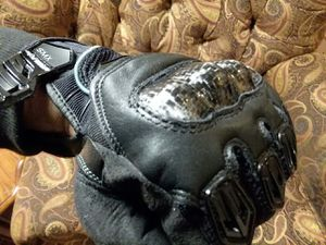 Alpinestars Carbon fiber motorbike gloves! for Sale in Port Orchard, WA