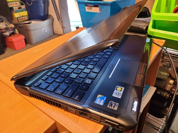 Toshiba Satellite A665 Laptop 15.6 Inch(check Out My Page For More Laptops)
