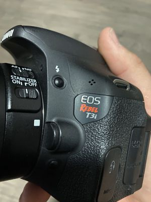 Canon T3i for Sale in San Diego, CA
