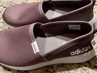 Adidas Slip On Shoes Size 7 for Sale in Gaithersburg,  MD